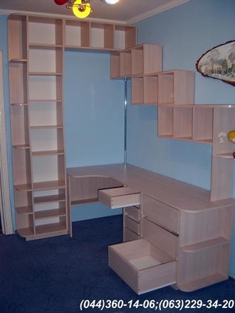 Меблі в дитячу кімнату. Комплекс меблів в дитячу ДСП - Груша Пастель Фасади МДФ - Рожева і Бузкова шагрень
