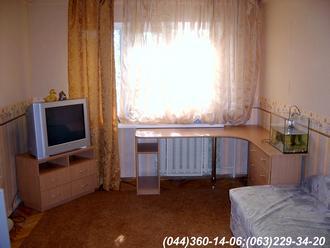 Меблі в дитячу кімнату. Стіл + тумба ТВ ДСП - Бук