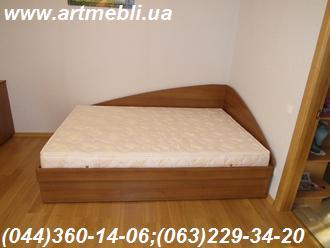 Кровать с подъемным механизмом. Киев