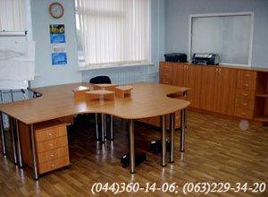 Офісні меблі, стіл