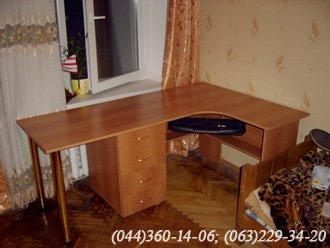 Стіл комп'ютерний ДСП – Горіх Міланський