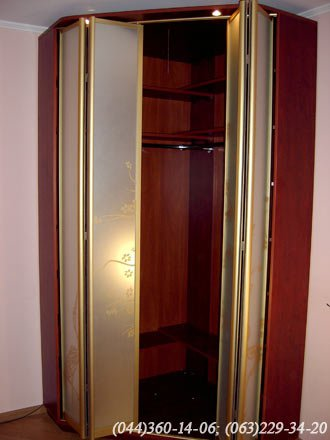 Шафа  кутова – двері гармошка ДСП - Egger мирт натуральний, Система – Braun (Браун) Золото Дзеркало – матоване з малюнком