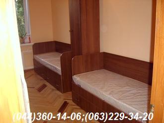 Меблі в спальню. Підліткова кімната Ліжко + пенал ДСП - Горіх Еко