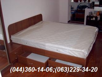 Меблі в спальню Ліжко + тумбочки ДСП - Горіх Лісовий